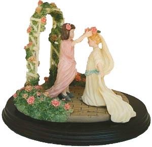 Garden Wedding - Figurine - Trisha Romance