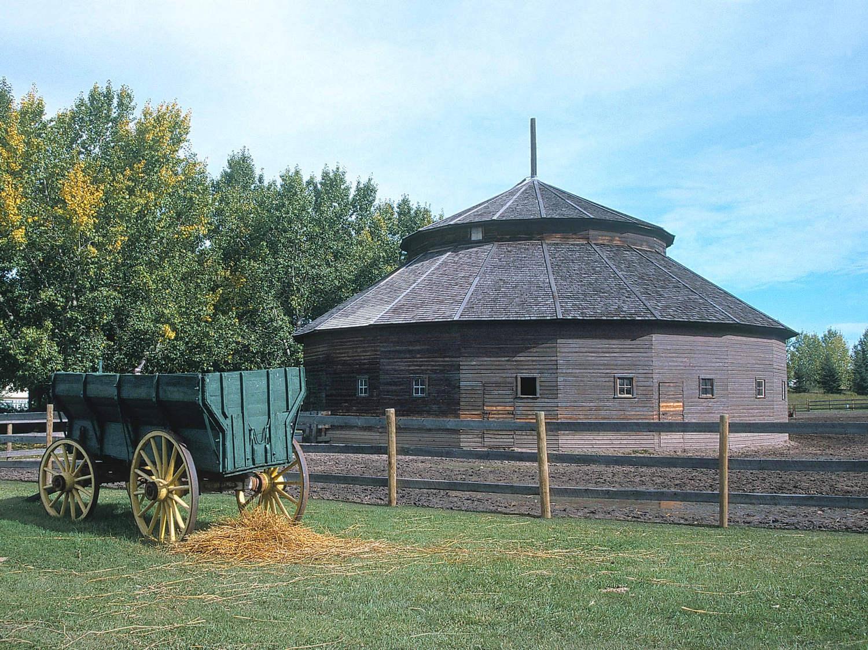 Henderson Barn, Fort Edmonton Park   Picture This! framing ...