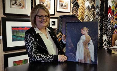 Picture Framing - Carol at Table - Homepage